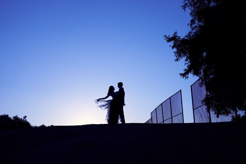 30+ Sunset Inspired Engagement Photography Ideas At San Jose's Country Club, California