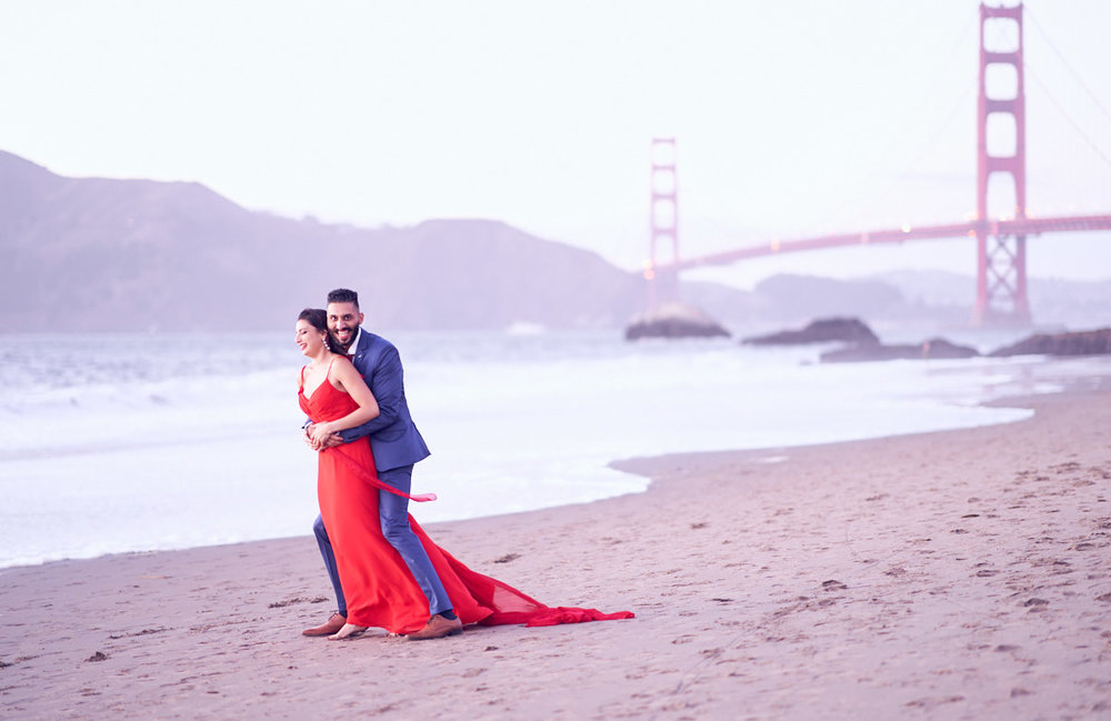 surprise-proposal-photography-at-san-francisco-baker-beach