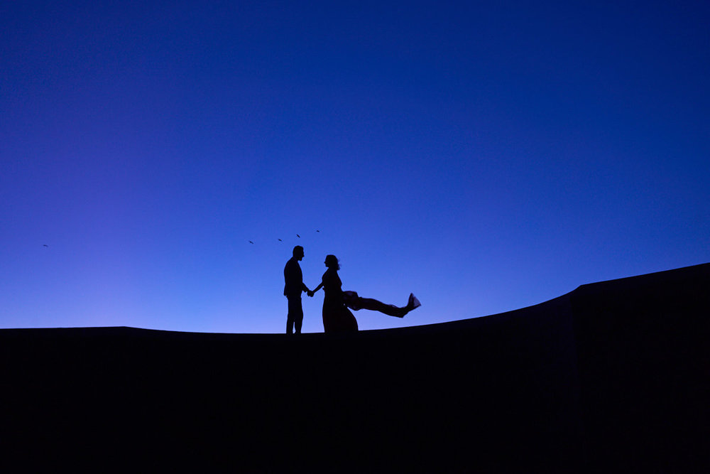 moody-twilight-engagement-portraits-photography-san-francisco-baker-beach