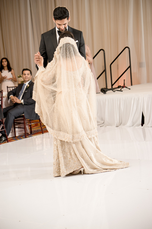 afghani-pakistani-wedding-photography-marriott-fremont-afewgoodclicks-179.jpg