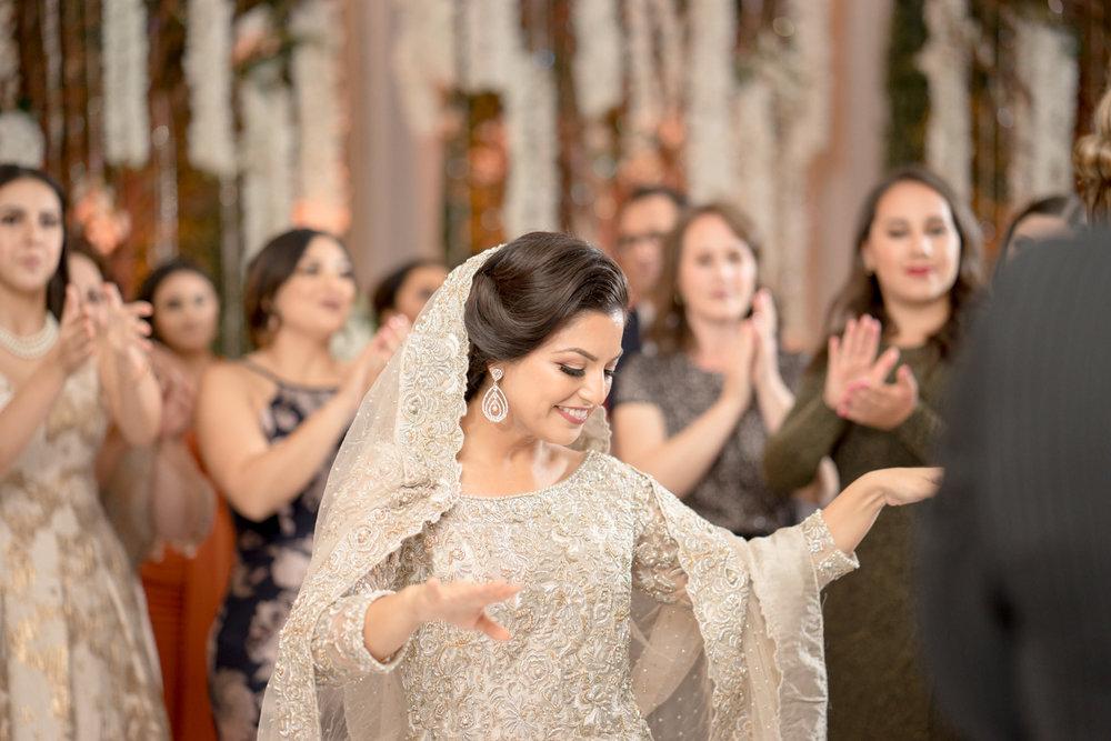 afghani-pakistani-wedding-photography-marriott-fremont-afewgoodclicks-206.jpg