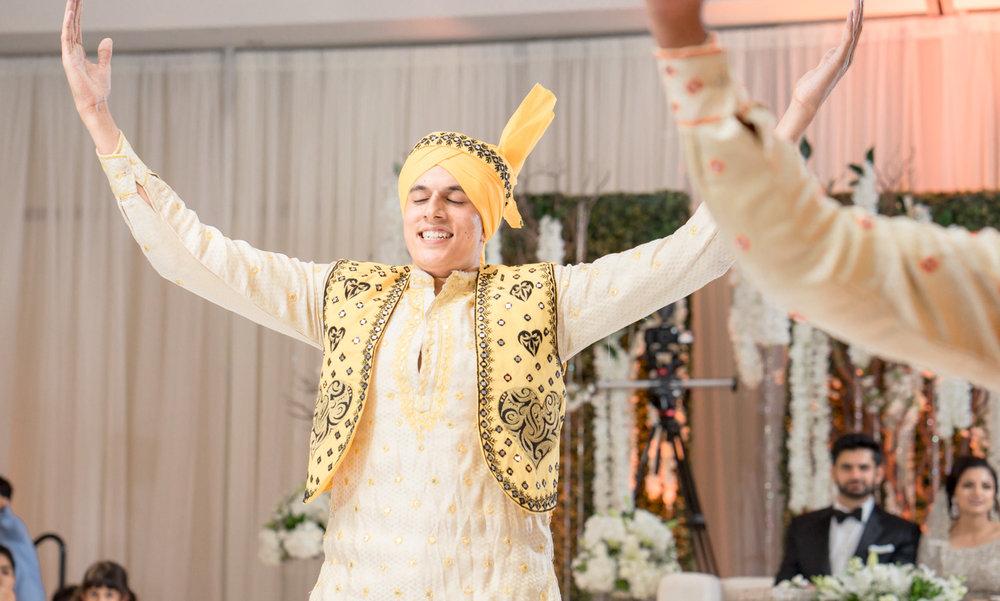 afghani-pakistani-wedding-photography-marriott-fremont-afewgoodclicks-250.jpg