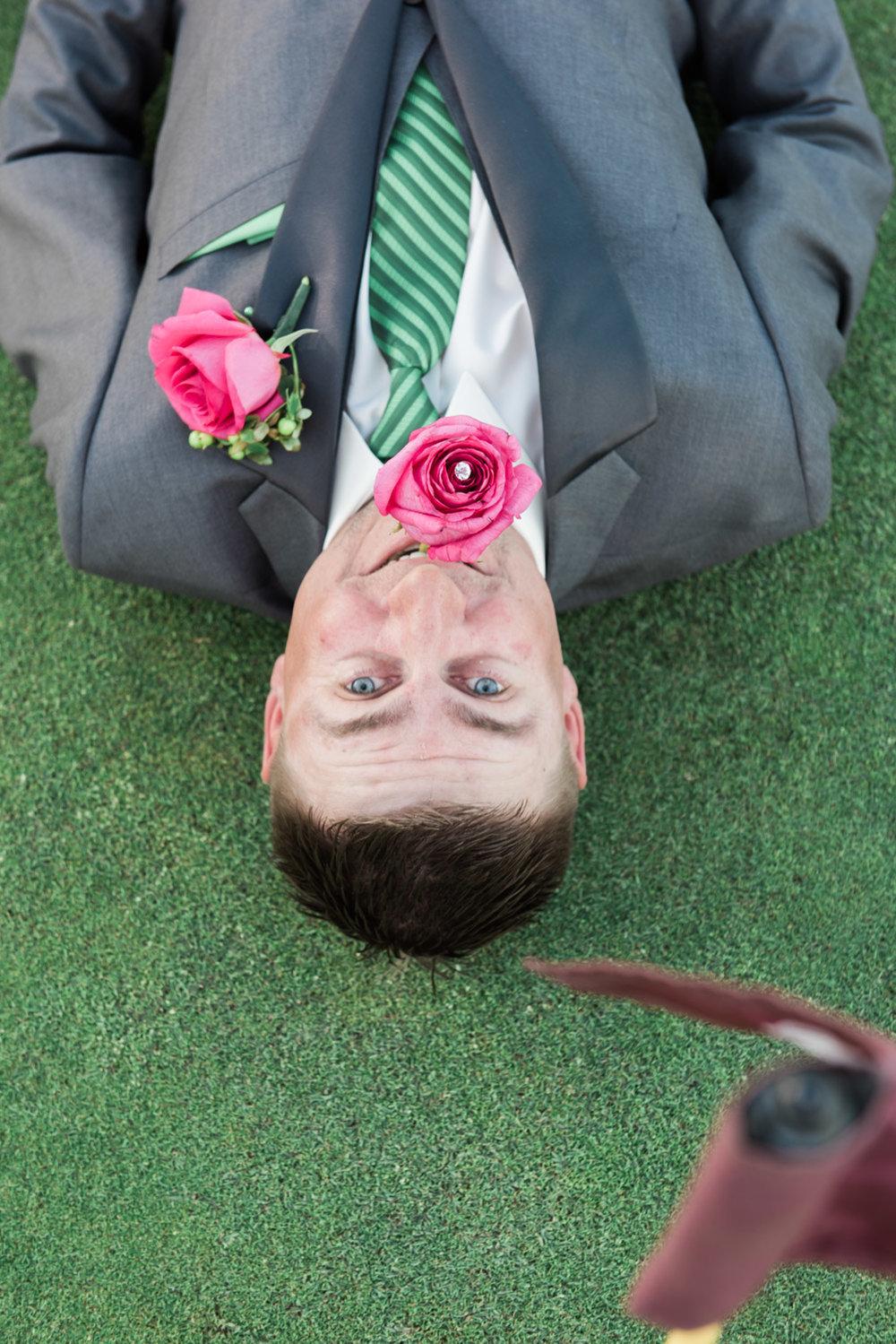 groom-on-the-golf-course-wedding-photos-afewgoodclicks-net
