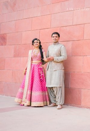 best-bay-area-indian-photographer-captures-couples-portraits-during-indian-wedding-ceremony