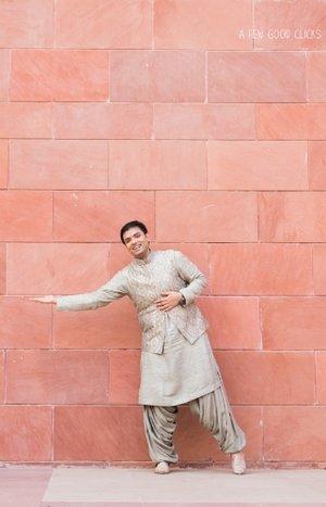 Indian-groom-pose-bay-area-wedding-photographer-a-few-good-clicks