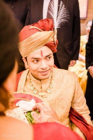 north-indian-groom-portrait-sehra-bandi-photography
