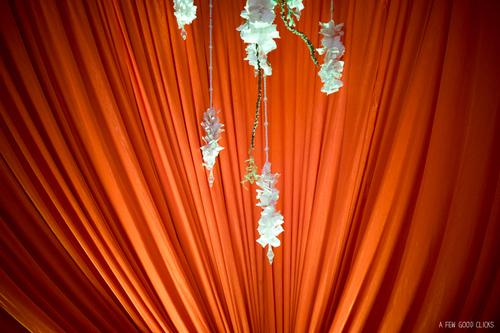 flower-decor-indian-wedding-venue-agra-jaypee-palace-hotel