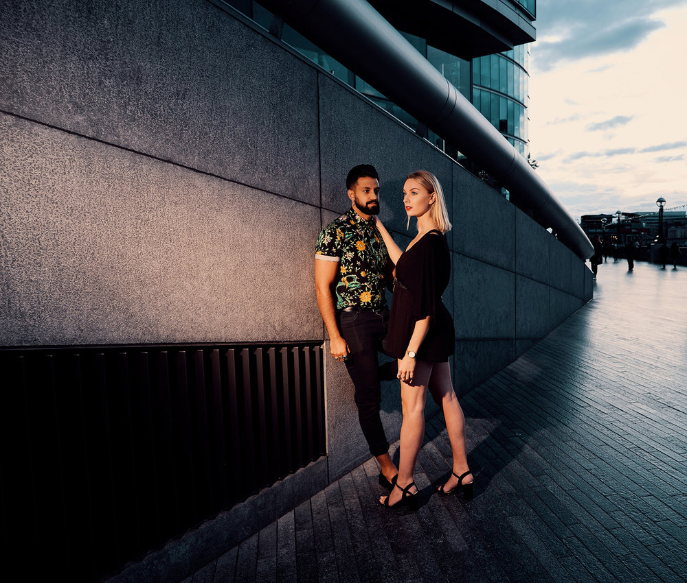 engagement-photo-shoot-london-wall-mayor-office-by-afewgoodclicks