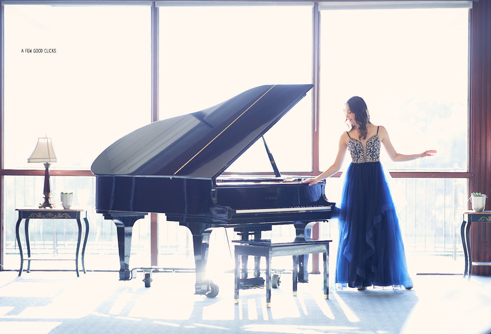 destination-engagement-photography-with-piano-in-san-jose-ca