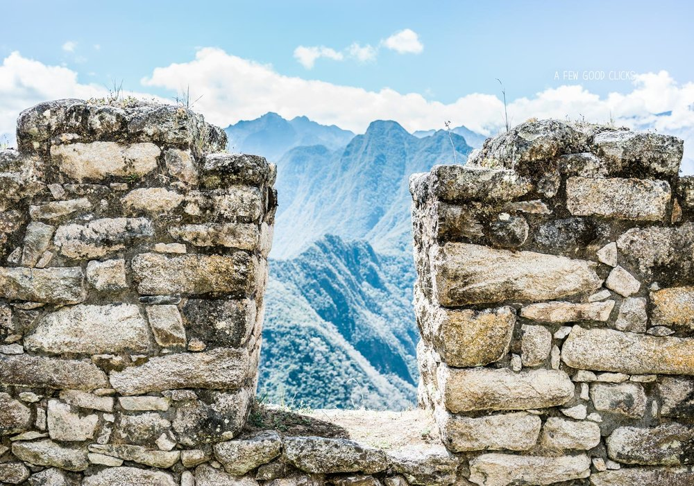 view-through-ruins-ollantaytambo-best-of-peru-2016-photographs