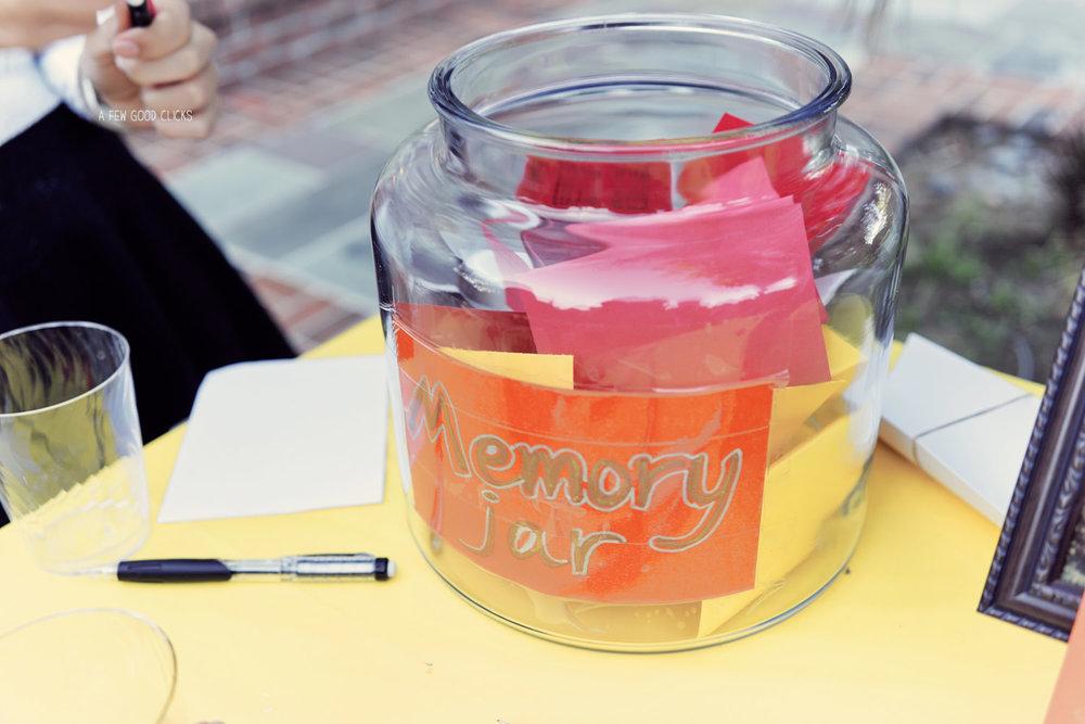 graduation-party-event-memory-jar-picture