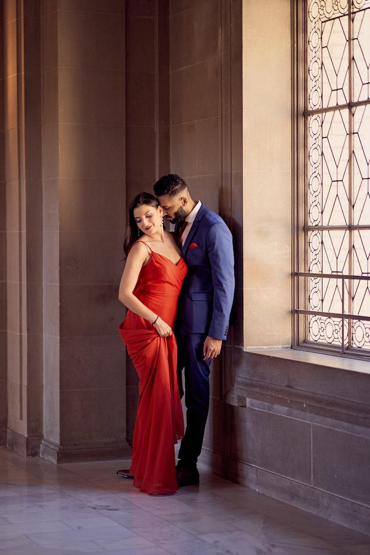 couple-portraits-poses-sf-city-hall-wedding-afewgoodclicks?