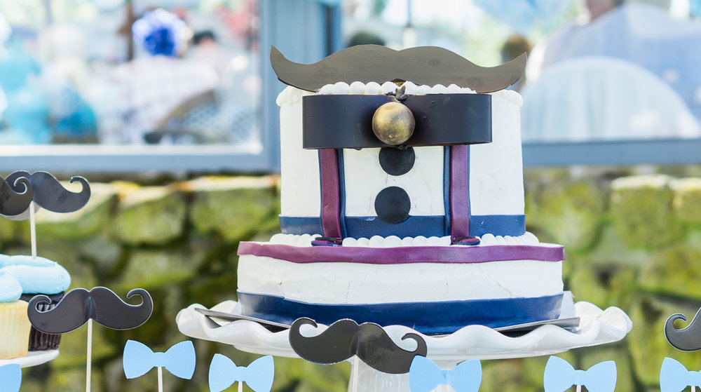 Our-little-man-ispired-baby-shower-at-shoreline-lake-boathouse-will-pass-for-a-garden-party-it's-that-pretty