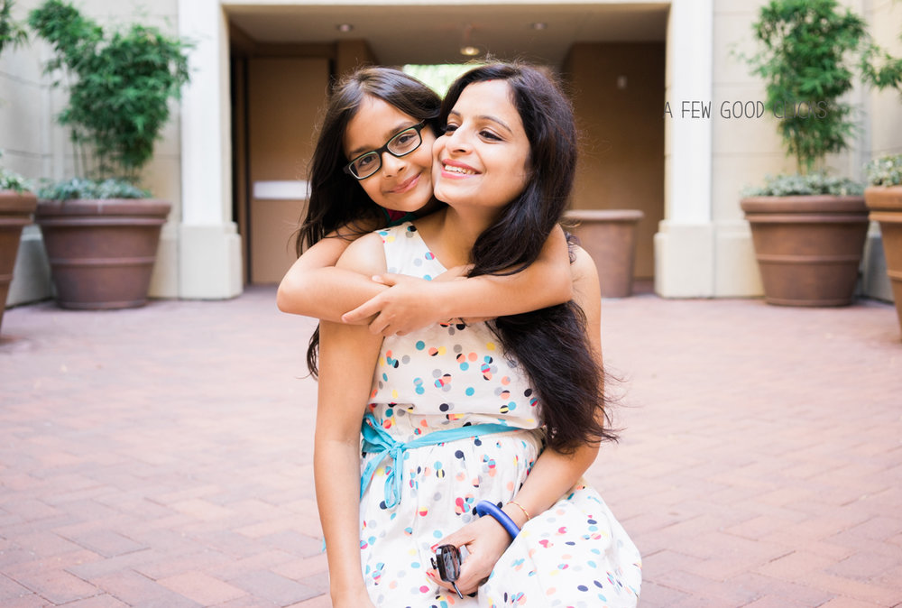 hugs-picture-mommy-me-san-jose-95134-near-you-photography