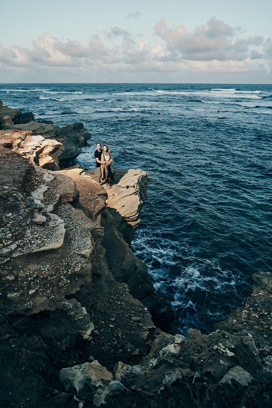 kauai-engagement-photographer-shipwrecks-beach-afewgoodclicks 44